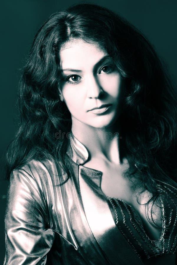 brunetki atrakcyjna piękna kobieta obrazy stock
