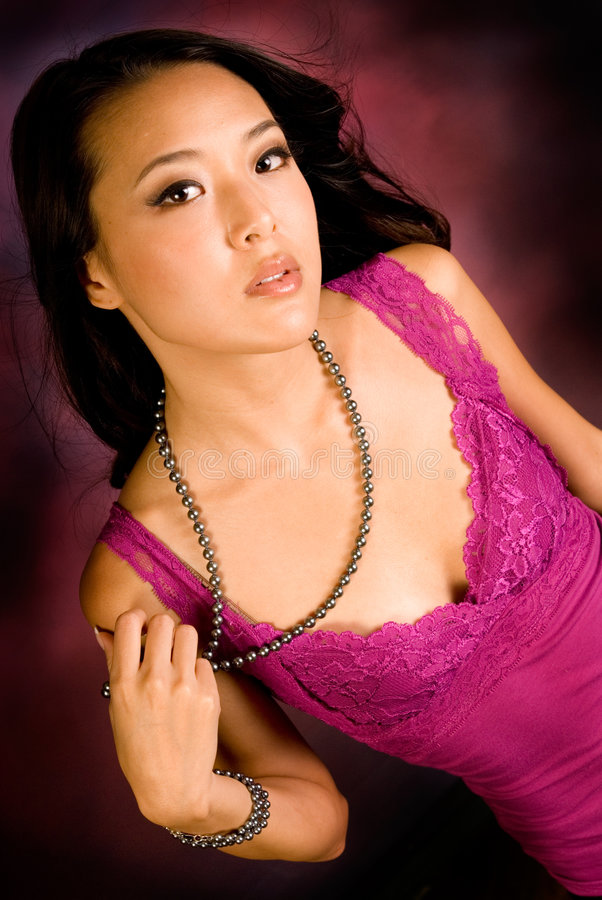Brunette asiatique sexy image stock