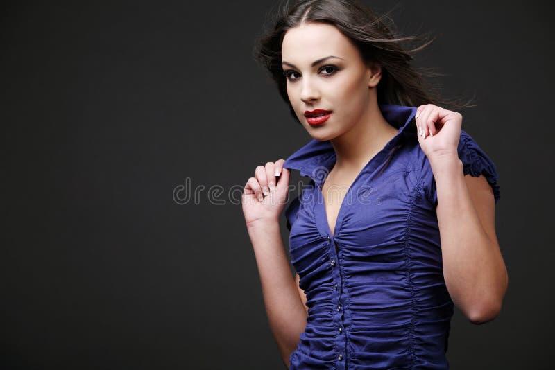 Brunette atractivo. imagen de archivo libre de regalías
