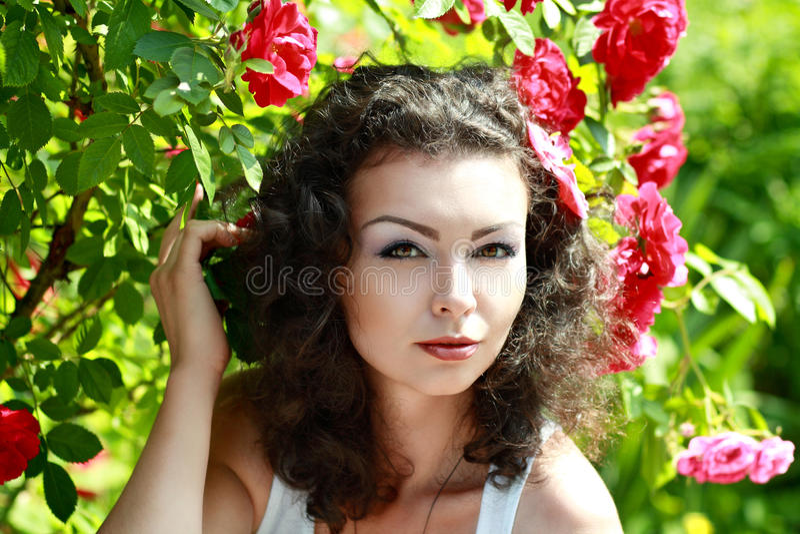 Brunette bonito foto de stock