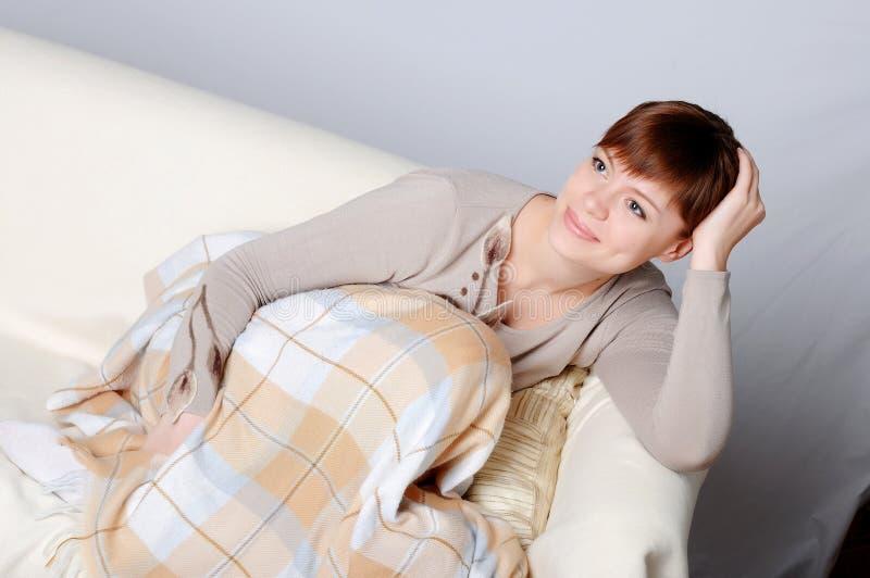 Brunette encantador novo fotografia de stock royalty free