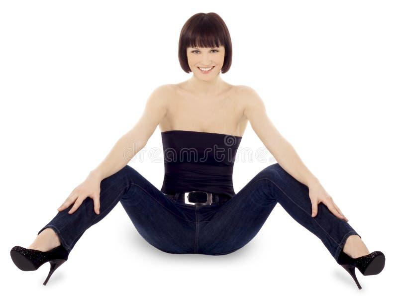 Brunette Leggy na roupa ocasional fotos de stock