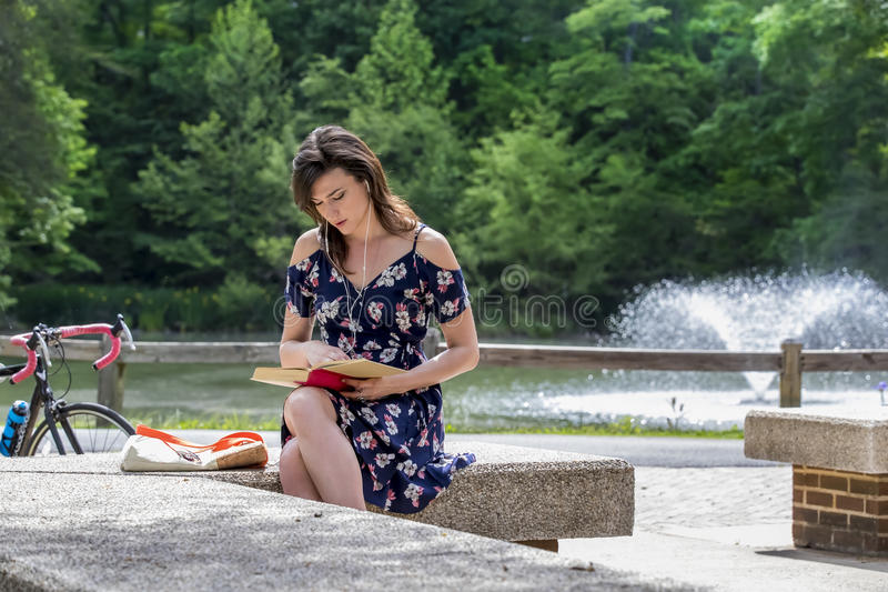 Brunette Model At A College Campus royalty free stock images