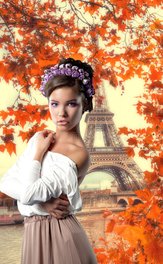 Brunette novo 'sexy' imagem de stock royalty free