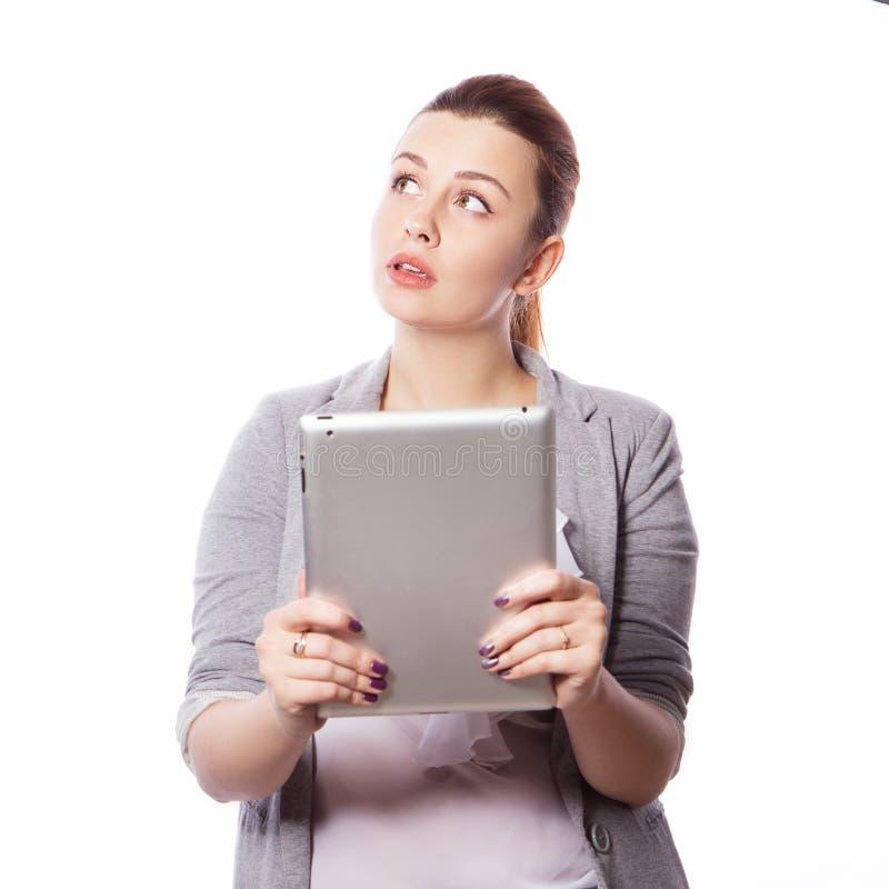 Brunette Plusgrößenfrau in intelligentem zufälligem Ausstattung jacker und blou lizenzfreie stockfotografie