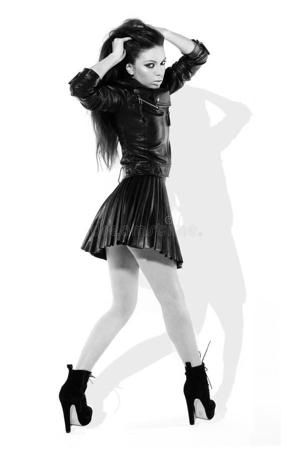 Brunette provocatorio in Miniskirt fotografia stock