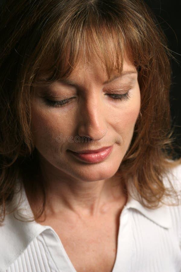 Brunette-Schönheit - traurig stockfotos