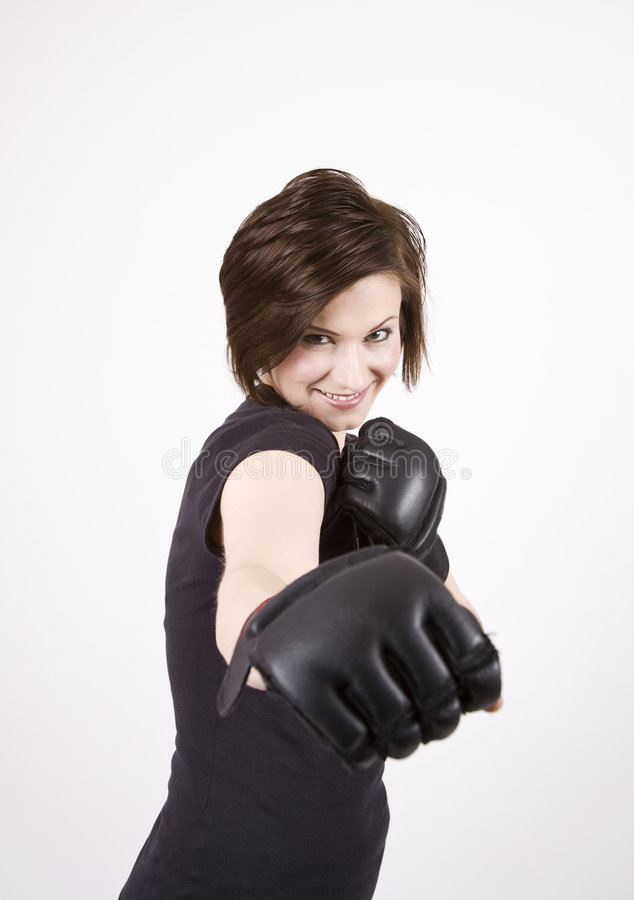 Brunette-Stoß-Boxer-Lächeln lizenzfreies stockbild