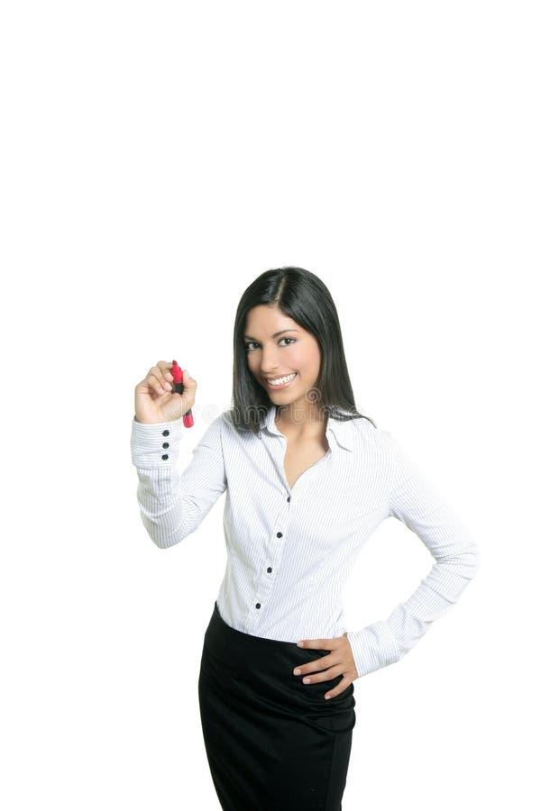 Brunettegeschäftsfrauschreiben auf einem copyspace stockbilder