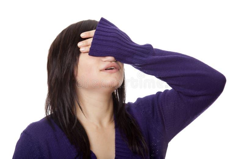 Brunettemädchenabschluß hir Augen lizenzfreie stockfotos