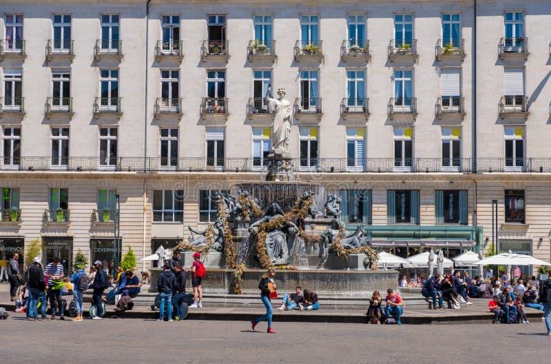 Brunnen auf dem Platz k?niglich in Nantes, Frankreich stockfoto