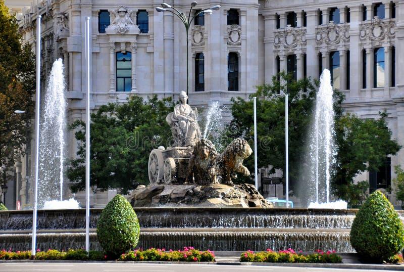 Brunnen auf Piazza Cibeles in Madrid, Spanien lizenzfreie stockbilder