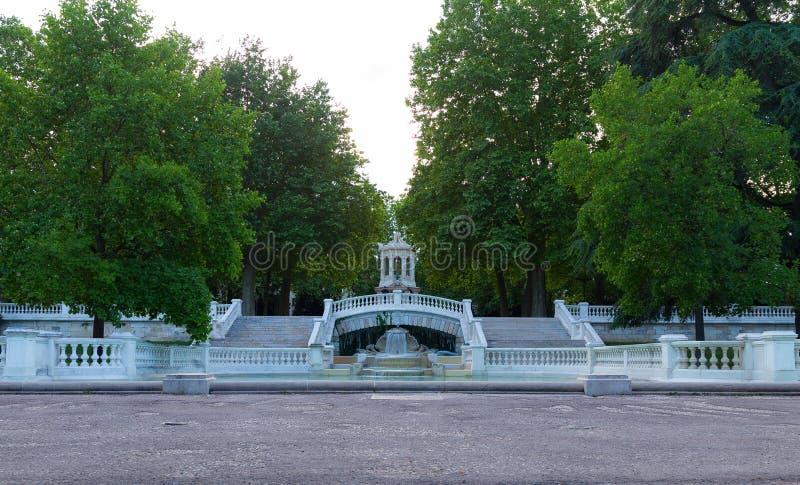 Brunnen in Dijon lizenzfreie stockfotografie