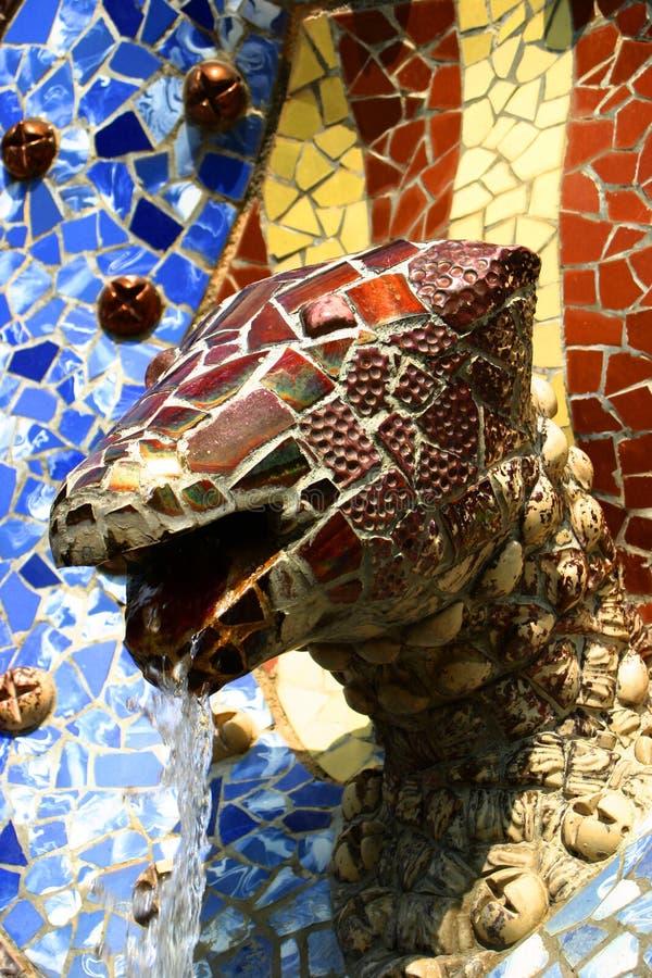 Brunnen durch Gaudi lizenzfreies stockbild