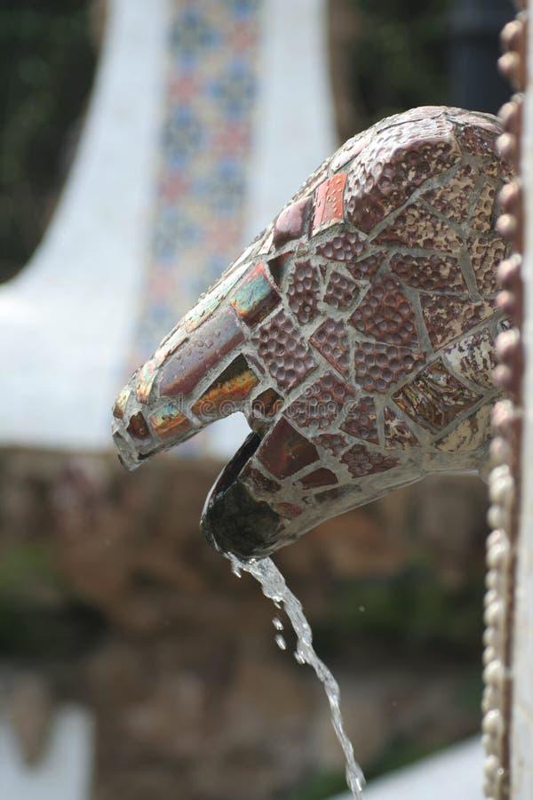 Brunnen in Parc Guell - Barcelona stockfotos