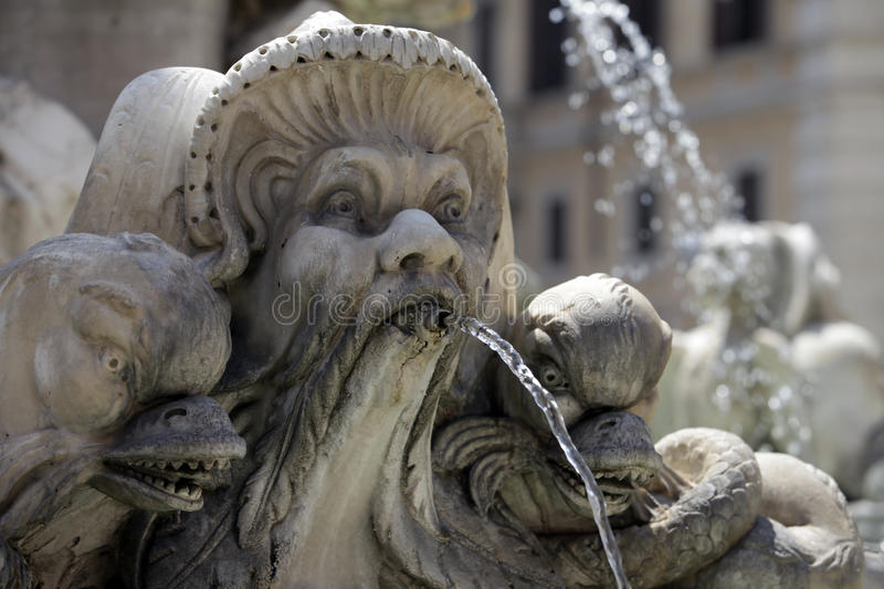 Brunnen in Rom, Italien stockfotos