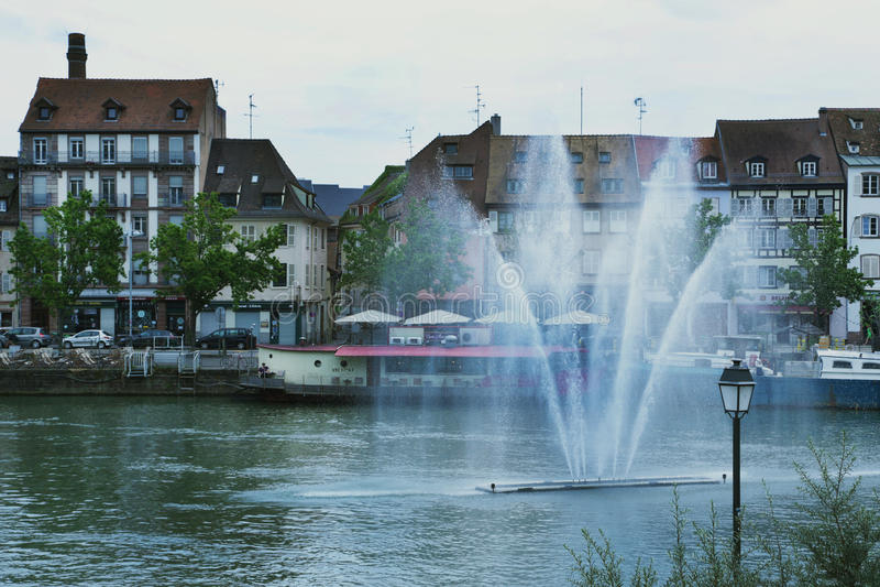 Brunnen in Straßburg, Frankreich 2016 lizenzfreies stockbild
