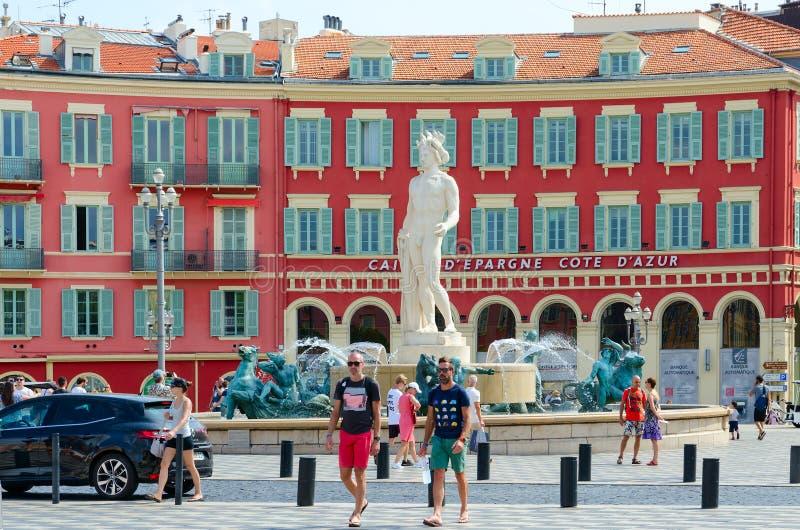 Brunnen Sun Fontaine du Soleil auf Platz Massena, Nizza, Frankreich stockfoto