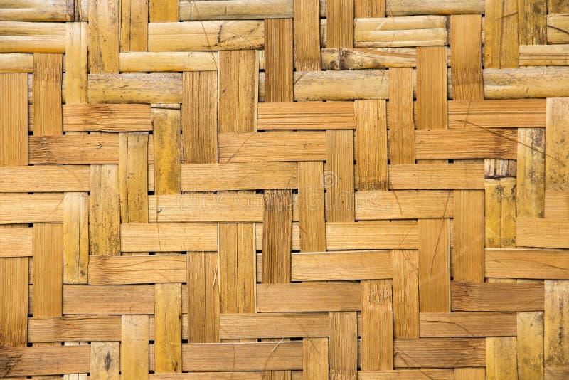 Brunt handgjort bambuhandarbete fotografering för bildbyråer