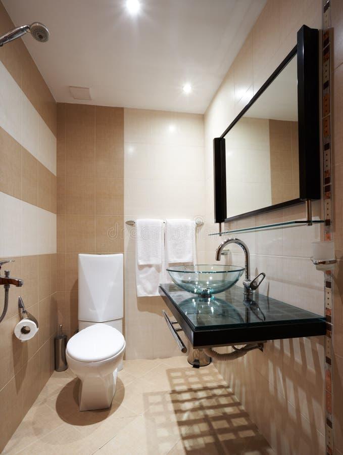 brunt modernt för badrum arkivfoton