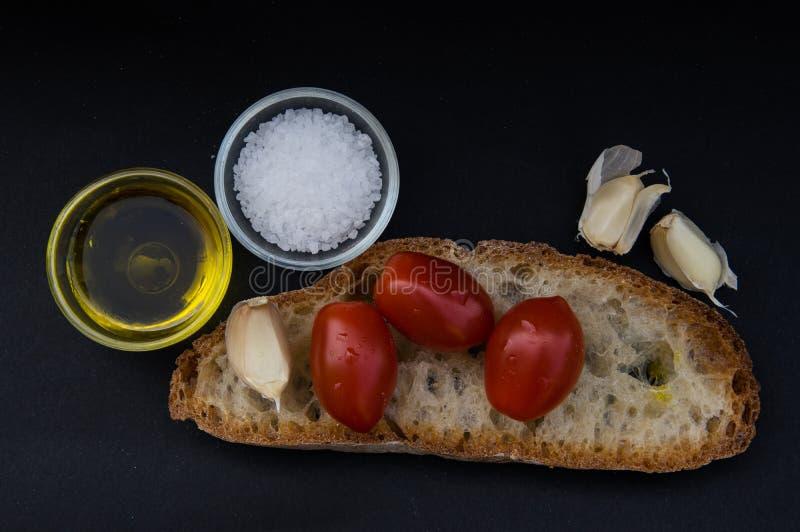 Bruschetta italiana dell'alimento e di cucina immagine stock