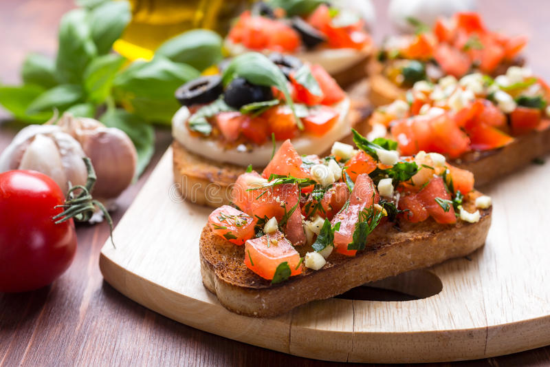 Bruschetta italiano dell'aperitivo immagine stock libera da diritti