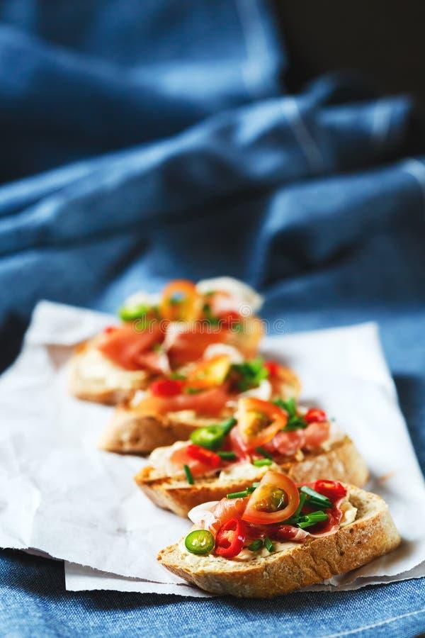 Bruschetta italiano do alimento dos antipasti fotografia de stock