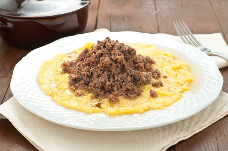 Bruscitt e prato italiano do polenta que você faz no inverno imagem de stock