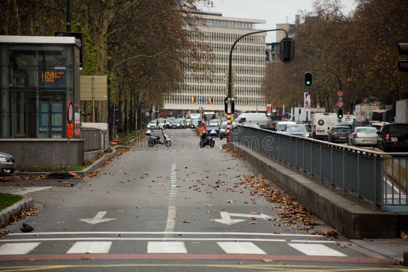Bruselas, Bélgica - 30 de noviembre de 2018: El pequeño anillo de Bruselas es bloqueado por la policía durante protestas fotos de archivo libres de regalías