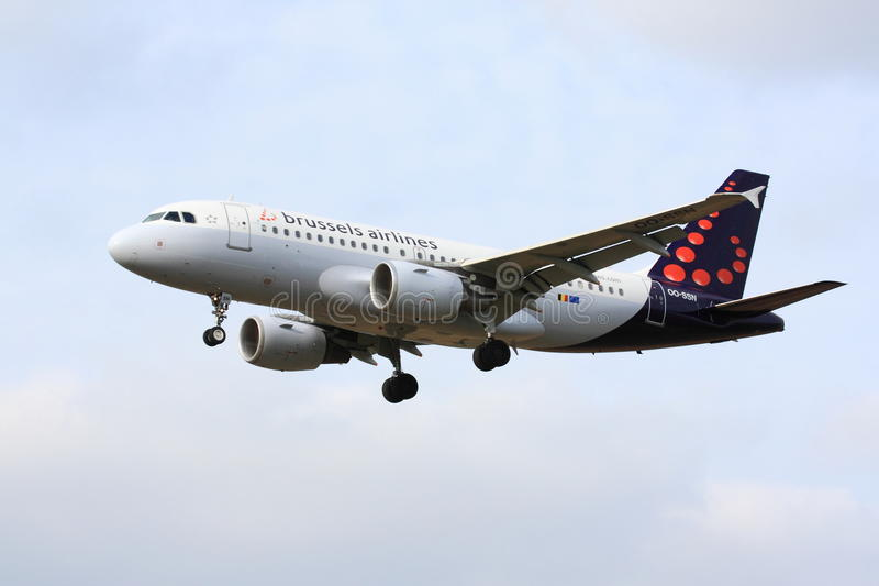 Brussels Airlines Airbus A320. Approaching stock images