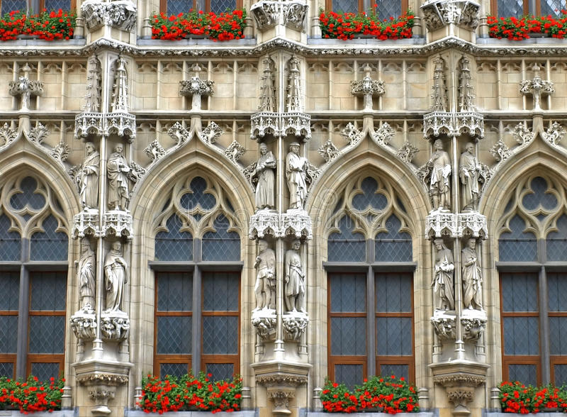 Download Brussels Grand Place Holy Statues Stock Photo - Image: 10583878