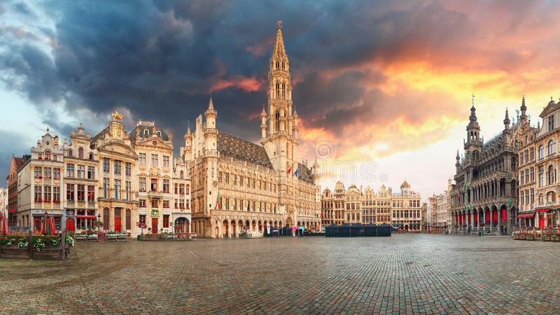 Brussels - panorama of Grand place at sunrise, Belgium stock images