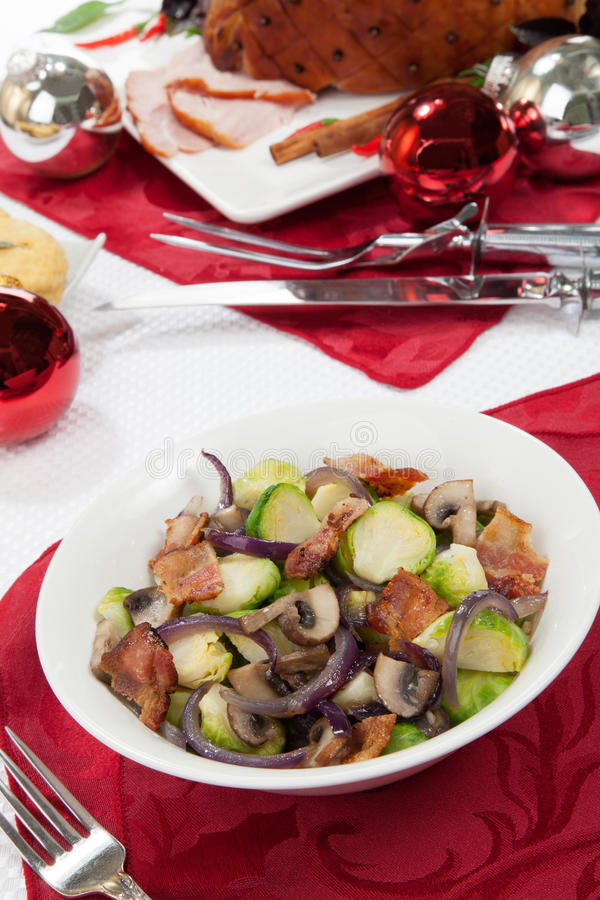 Free Brussels Sprouts Side Dish Royalty Free Stock Photo - 35467865
