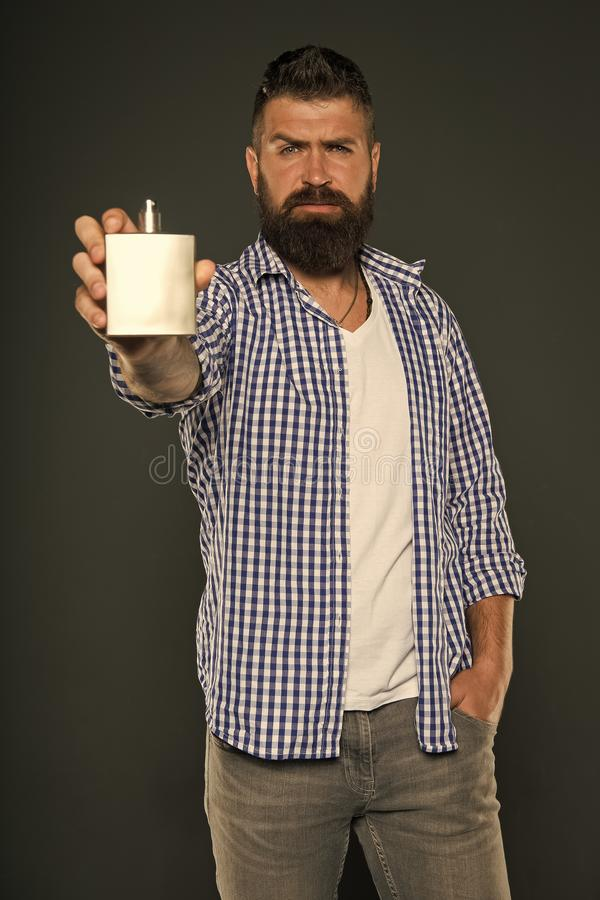 Brutal caucasian hipster med mustaschen fashion manlign isolerade den ansikts- injektionen f?r den h?rliga BOTOX?-omsorgsframsida royaltyfri foto