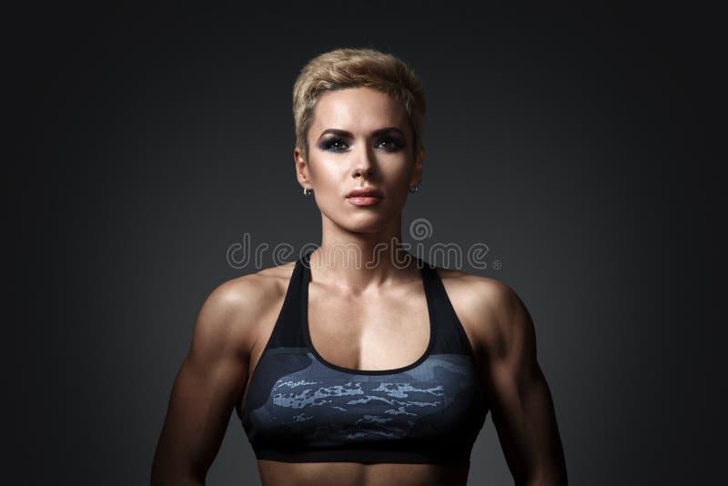 Brutalna sportowa kobieta obraz royalty free