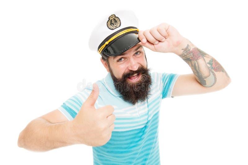 Brutalny żeglarz odizolowywający na bielu Kapitanu pojęcie witamy na pok?adzie Brodaty mężczyzny kapitan statek Denny rejs Podr?? zdjęcia royalty free