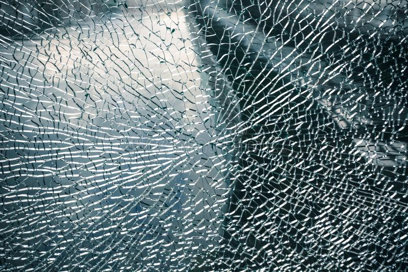 Bruten glass bakgrund för sprucket fönster royaltyfri bild