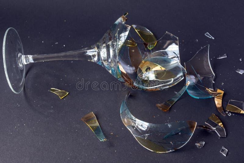 Brutet vinexponeringsglas arkivbild