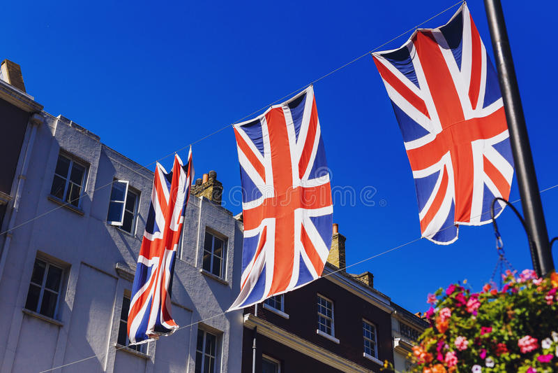 Bruton Street dans le secteur riche de Mayfair au CEN de ville de Londres photos libres de droits