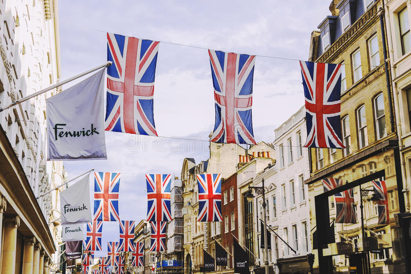 Bruton Street im reichlichen Bereich von Mayfair in London-Stadt-CEN lizenzfreies stockfoto