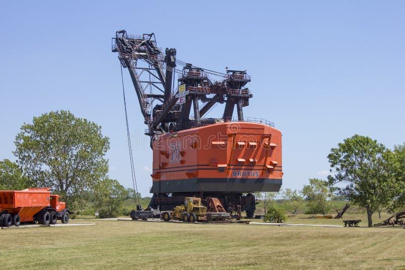 Brutus Electric Coal Mining Shovel grande imagem de stock royalty free