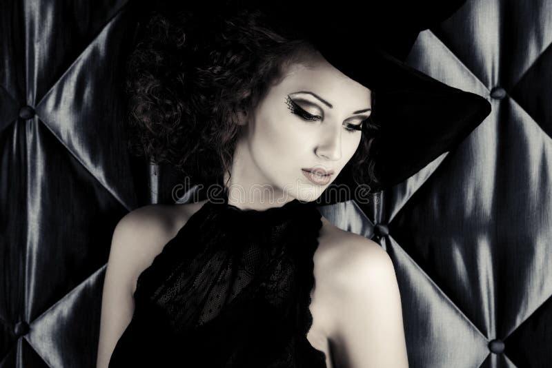 Bruxa glamoroso fotografia de stock
