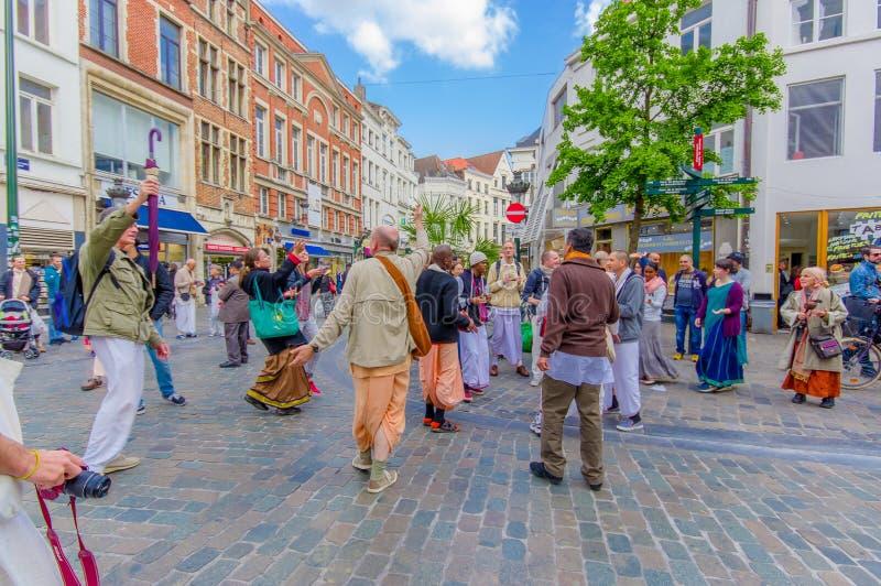 BRUXELAS, BÉLGICA - 11 DE AGOSTO DE 2015: Lebre Krishna fotografia de stock