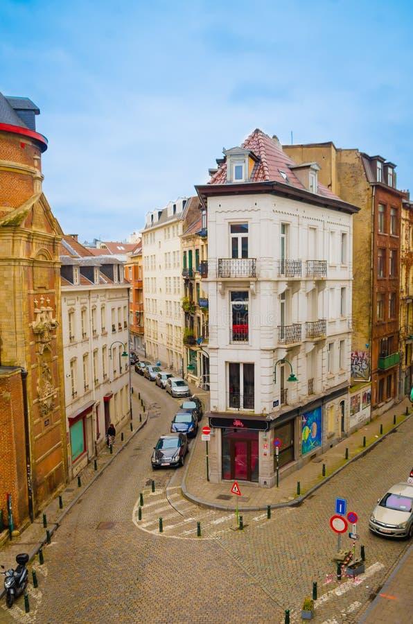 Bruxelles, Belgio, maggio, 31, 2018: Sopra la vista di costruzione, barra del circo delle Bier sulla ruta de l ` Enseignement, vi fotografie stock