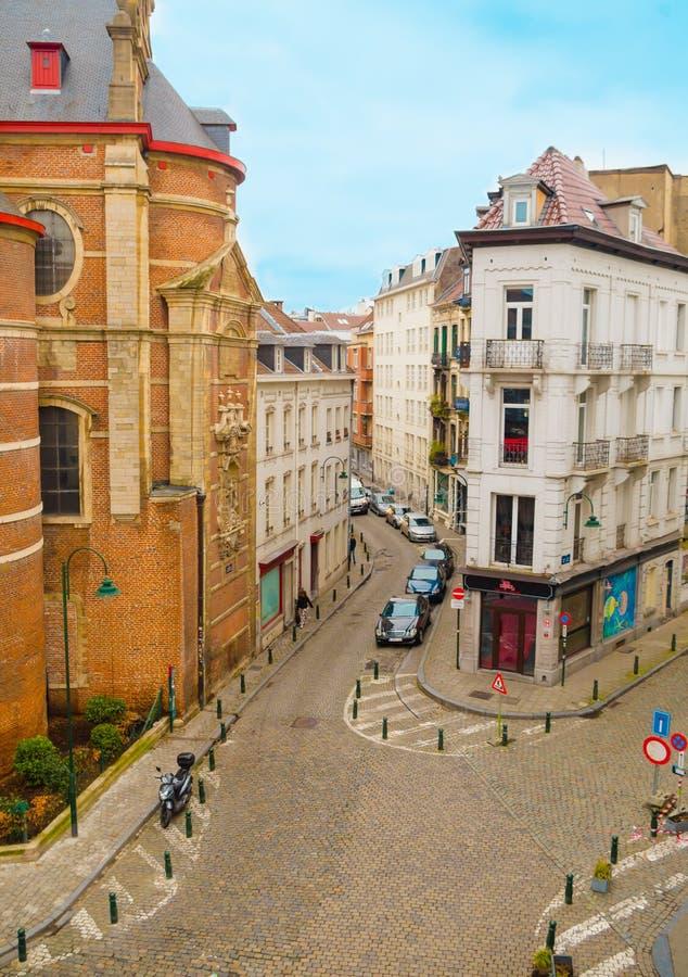 Bruxelles, Belgio, maggio, 31, 2018: Sopra la vista di costruzione, barra del circo delle Bier sulla ruta de l ` Enseignement, vi fotografie stock libere da diritti