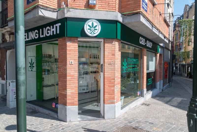 Bruxelles CBD Shop Bei Cannabis-Produkten lagern lizenzfreies stockbild