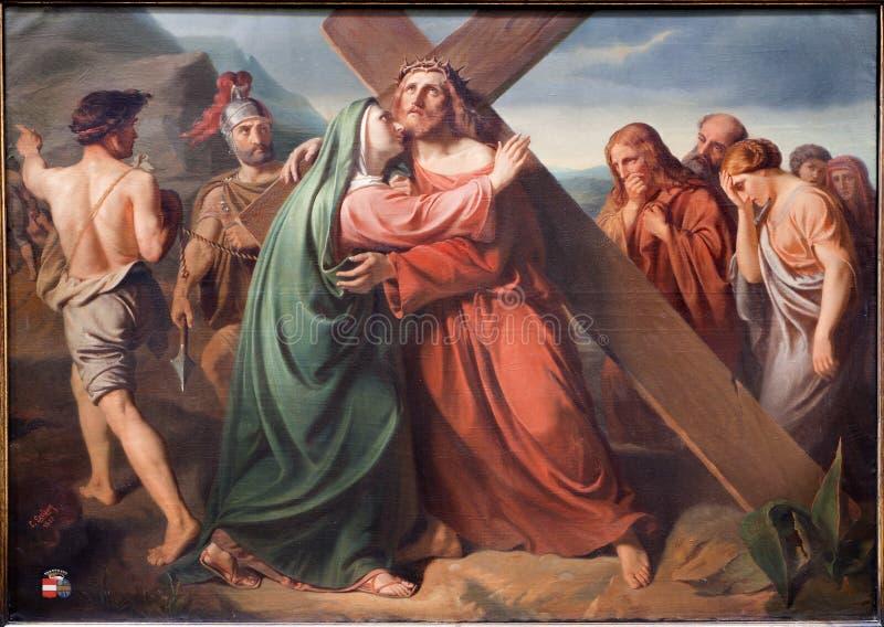 Bruzssels - Jesus sob a cruz e Mary. Pintura da igreja Notre Dame du Finstere imagem de stock