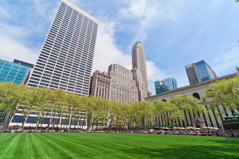 Download Bryant Park And Buildings, New York City Editorial Image - Image: 33517790