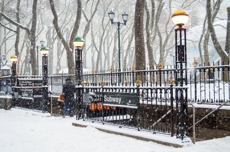 Bryant Park Subway Snow photos stock