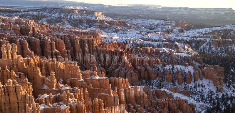 Bryce Canon Winter Sunrise fotografia stock libera da diritti
